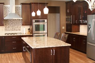 Warm Kitchen With Backsplash Details