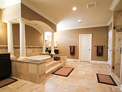Master Bathroom With Columns - Tub