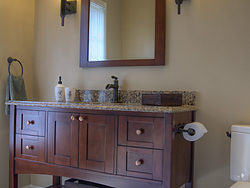 Large Master Bathroom - Warm Sink