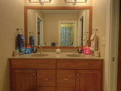 Large Master Bathroom - Children's Sink