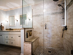 Cool Bath With Glass Shower - Shower Details