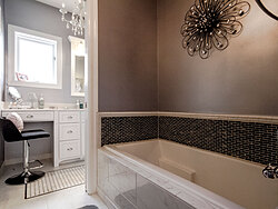 Modern Divided Bathroom - Bathtub Design