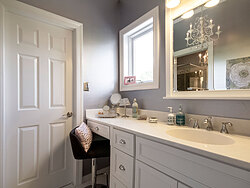 Modern Divided Bathroom - Vanity Sink