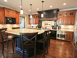 Traditional Two-Tone Kitchen - Island Seating
