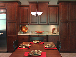 Traditional Midwest Kitchen - Kitchen Cabinets