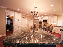 Large Kitchen With Island - Countertop