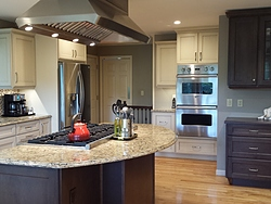 Transitional Kitchen With Island Cooktop