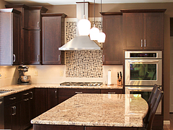 Warm Kitchen With Backsplash Details - Cabinet Design