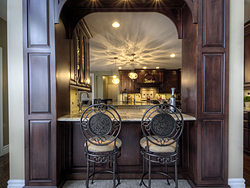 Open Kitchen With Arch - Kitchen Bar Seating