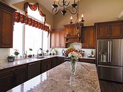 Traditional Kitchen With Center Island - Island Countertop
