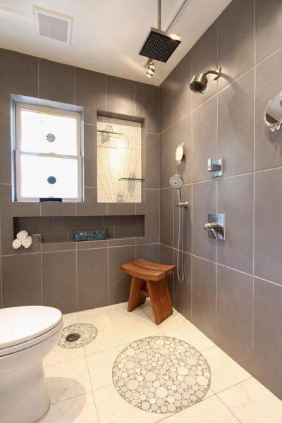Universal Design Gray Bathroom Doorless Shower