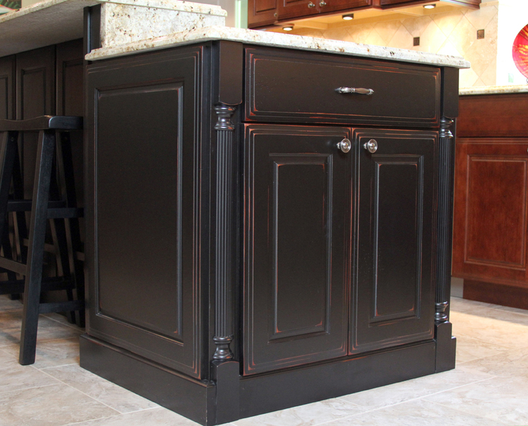 Traditional Midwest Kitchen   Island Cabinets