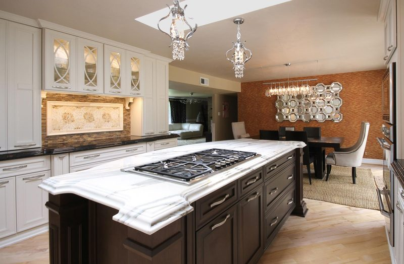 White Kitchen With Marble Island   Stovetop