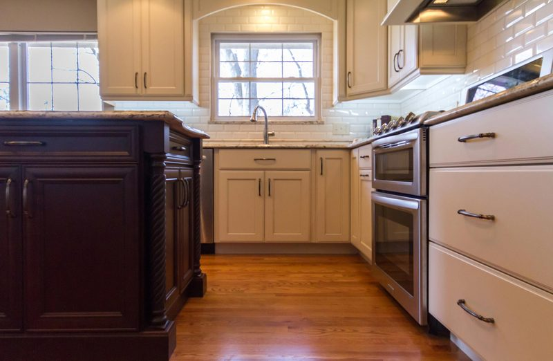 Full Length Kitchen Cabinets   Accent Island