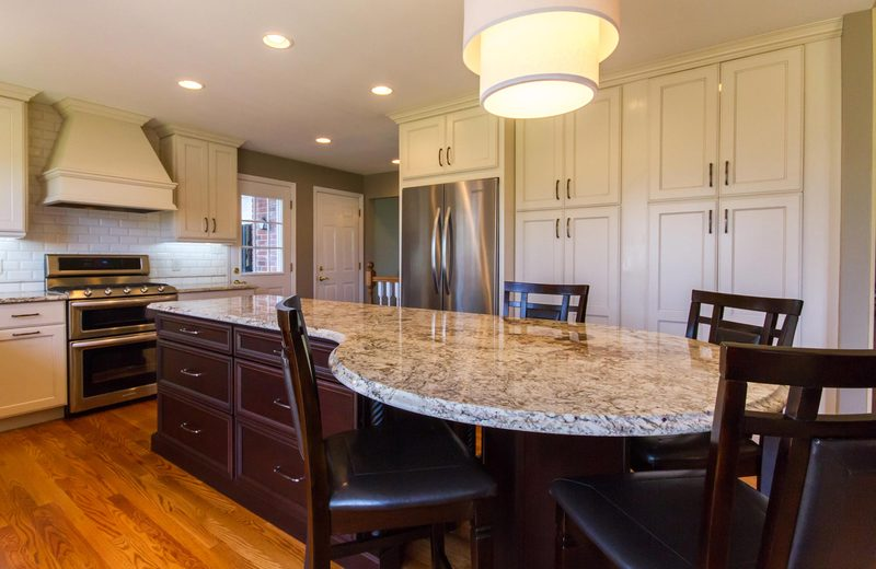 Henry | Full Length Kitchen Cabinets | St. Louis Design